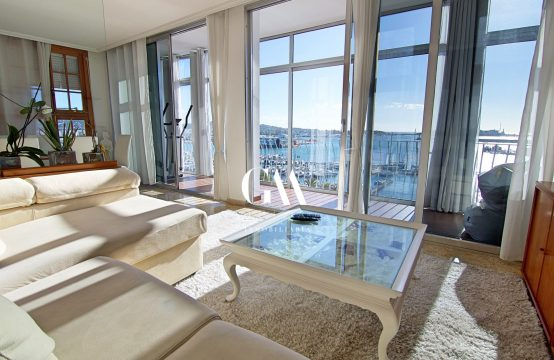 Magnífico piso con vistas al puerto de Ibiza